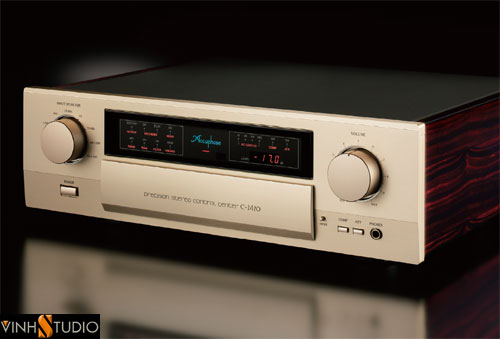 ACCUPHASE C-2420  PREAMPLIFIER