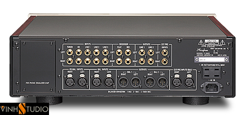 ACCUPHASE C-2420  PREAMPLIFIER mat sau rear